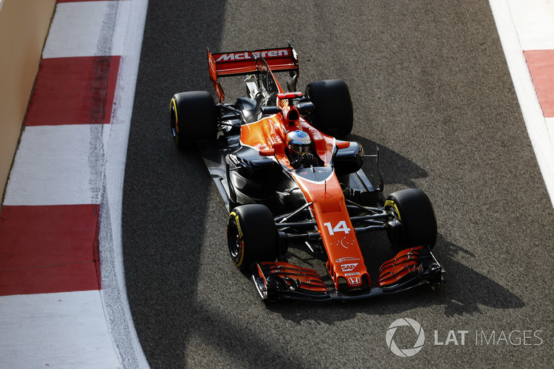 Ainda com motor Honda, Alonso terminou a temporada 2017 da F1 em 15º