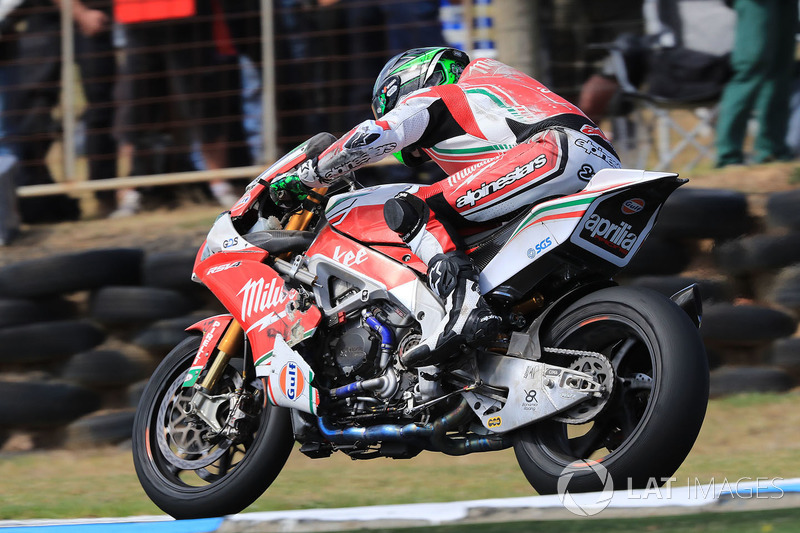 Eugene Laverty, Milwaukee Aprilia crash damage