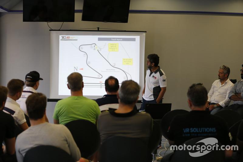 Drivers briefing at Bahrain