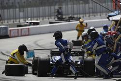 Takuma Sato, Rahal Letterman Lanigan Racing Honda, pitstop