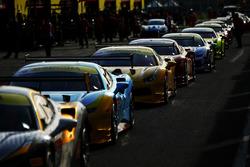 Line up delle vetture del Ferrari Challenge