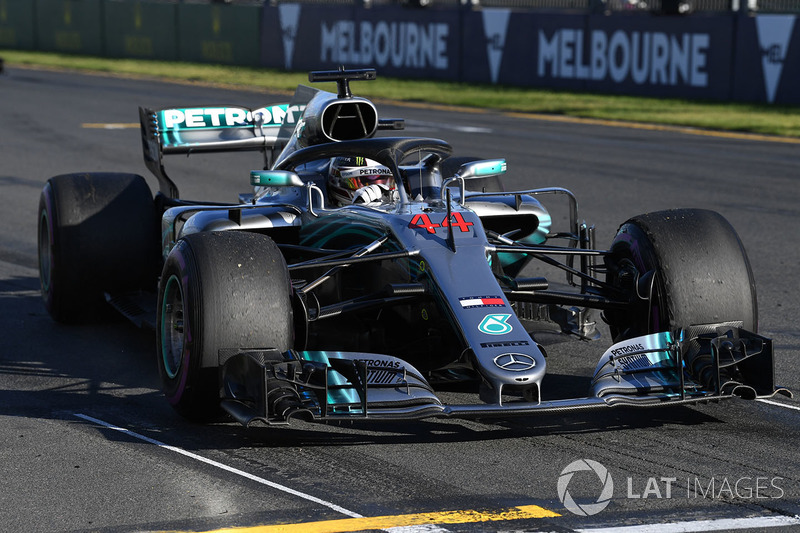Lewis Hamilton, Mercedes-AMG F1 W09 practice starts