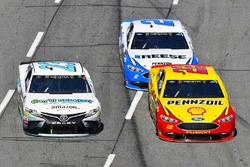 Joey Logano, Team Penske, Ford Fusion Pennzoil, Gray Gaulding, BK Racing, Toyota Camry Earthwater