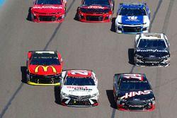 Clint Bowyer, Stewart-Haas Racing, Ford Fusion Haas Automation and Erik Jones, Joe Gibbs Racing, Toyota Camry Sport Clips