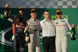Podium: second place Daniel Ricciardo, Red Bull Racing, Race winner Nico Rosberg, Mercedes AMG F1, A