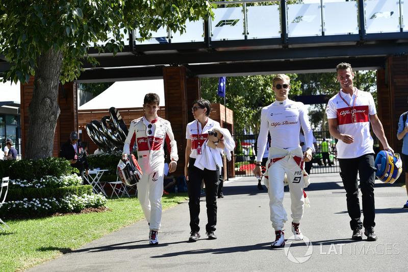 Charles Leclerc, Sauber F1 Team, Marcus Ericsson, Sauber F1 Team