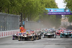 Start, Jean-Eric Vergne, Techeetah, Sam Bird, DS Virgin Racing, Andre Lotterer, Techeetah, Maro Engel, Venturi Formula E Team