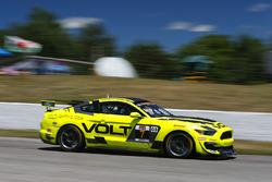#7 VOLT Racing, Ford Mustang GT4, GS: Alan Brynjolfsson, Trent Hindman
