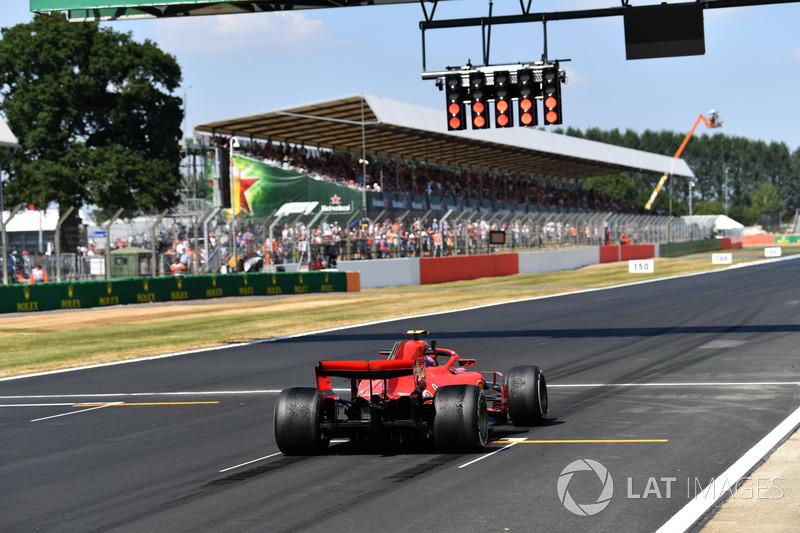 Kimi Raikkonen, Ferrari SF71H practice start