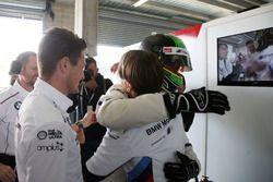 Pole position per il #43 BMW Team Schnitzer BMW M6 GT3: Chaz Mostert
