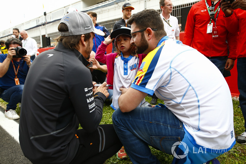 Fernando Alonso, McLaren, fan