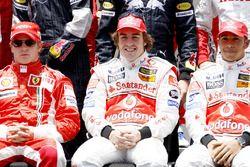 Titelkandidaten Kimi Raikkonen, Ferrari F2007, Fernando Alonso, McLaren MP4-22 en Lewis Hamilton, Mc