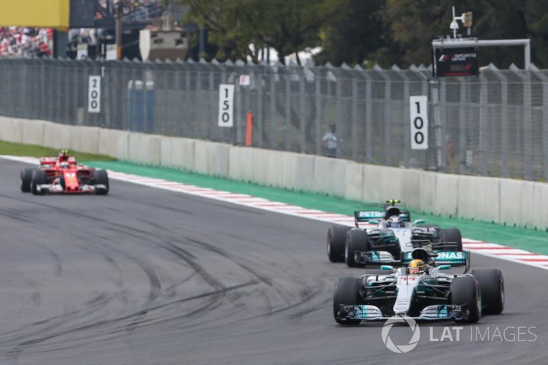 Lewis Hamilton, Mercedes AMG F1 W08, Valtteri Bottas, Mercedes AMG F1 W08, Kimi Raikkonen, Ferrari SF70H, Esteban Ocon, Sahara Force India F1 VJM10