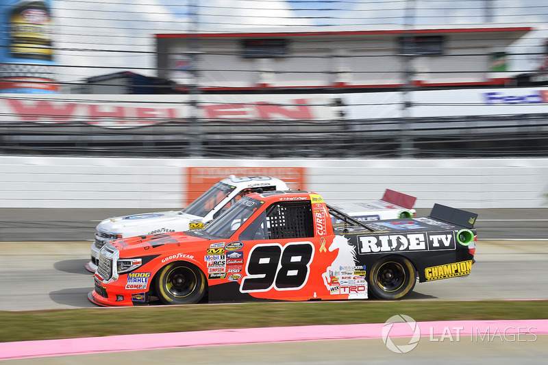 Grant Enfinger, ThorSport Racing Toyota, Patrick Emerling, Plan B Sales Chevrolet Silverado