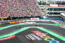 Marcus Ericsson, Sauber C36, Pierre Gasly, Scuderia Toro Rosso STR12