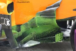 McLaren MCL33 of Fernando Alonso, barge board detail