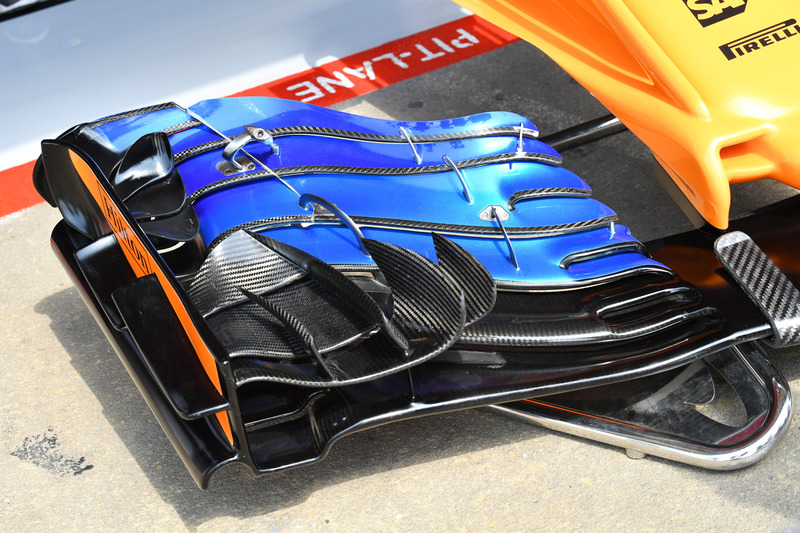 McLaren MCL33 nose and front wing