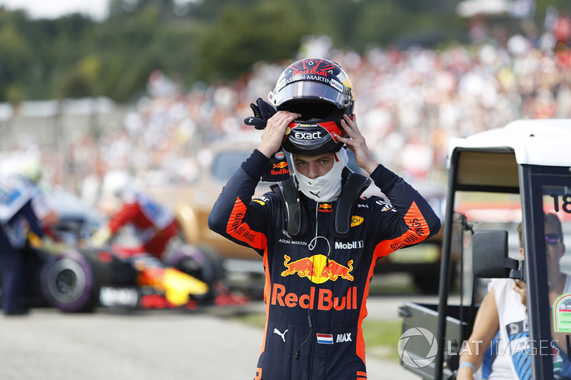 Max Verstappen, Red Bull Racing se retira de la carrera
