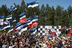 Podio: ganadores Ott Tanak, Martin Järveoja, Toyota Yaris WRC, Toyota Gazoo Racing, segundo lugar Mads Ostberg, Torstein Eriksen, Citroën C3 WRC, Citroën World Rally Team, tercer puesto Jari-Matti Latvala, Miikka Anttila, Toyota Yaris WRC, Toyota Gazoo Racing