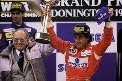 Race winner Ayrton Senna, McLaren