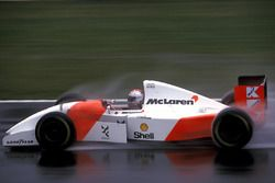 Michael Andretti, McLaren MP4/8, crashed out on lap 7.