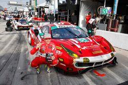GTD polesitters #51 Spirit of Race Ferrari 488 GT3, GTD: Paul Dalla Lana, Pedro Lamy, Mathias Lauda,