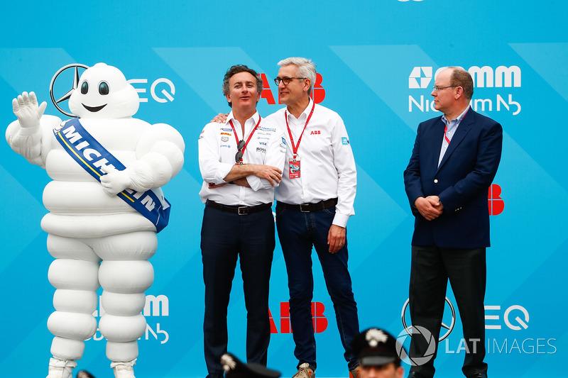Alejandro Agag, CEO de Fórmula E, en el podio