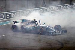 Dougnuts by Valtteri Bottas, Mercedes AMG F1 W08