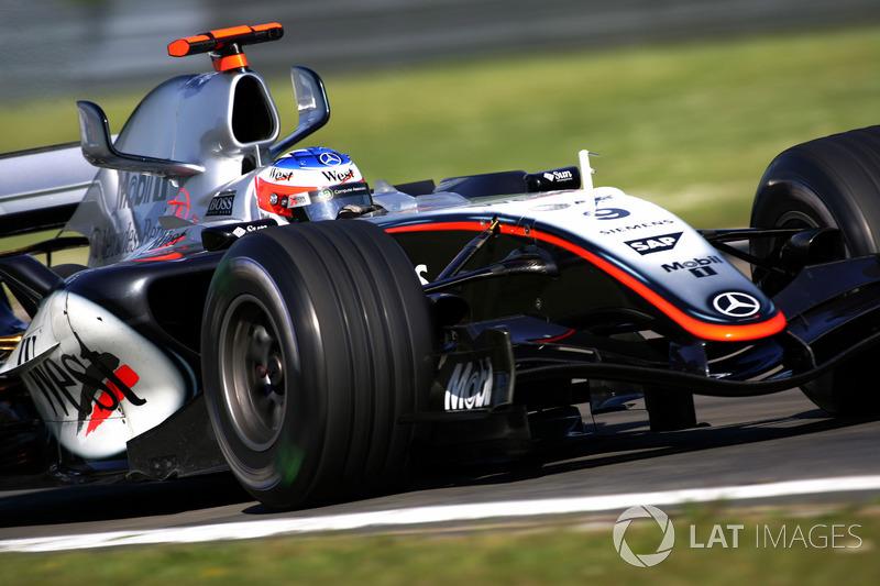 2005. McLaren MP4-20 Mercedes
