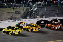Matt Kenseth, Joe Gibbs Racing Toyota; Kyle Busch, Joe Gibbs Racing Toyota; Carl Edwards, Joe Gibbs Racing Toyota