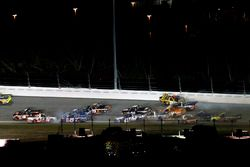 Crash: Christopher Bell, Kyle Busch Motorsports Toyota; Cameron Hayley, ThorSport Racing Toyota; Tyl