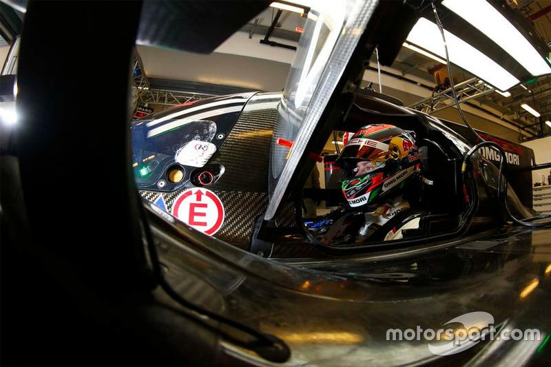 #4: Brendon Hartley (Porsche)
