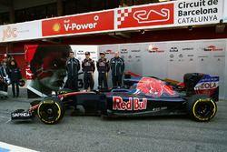 James Key, Scuderia Toro Rosso Technischer Direktor mit Max Verstappen, Scuderia Toro Rosso; Carlos Sainz Jr., Scuderia Toro Rosso und Franz Tost, Scuderia Toro Rosso Teamchef