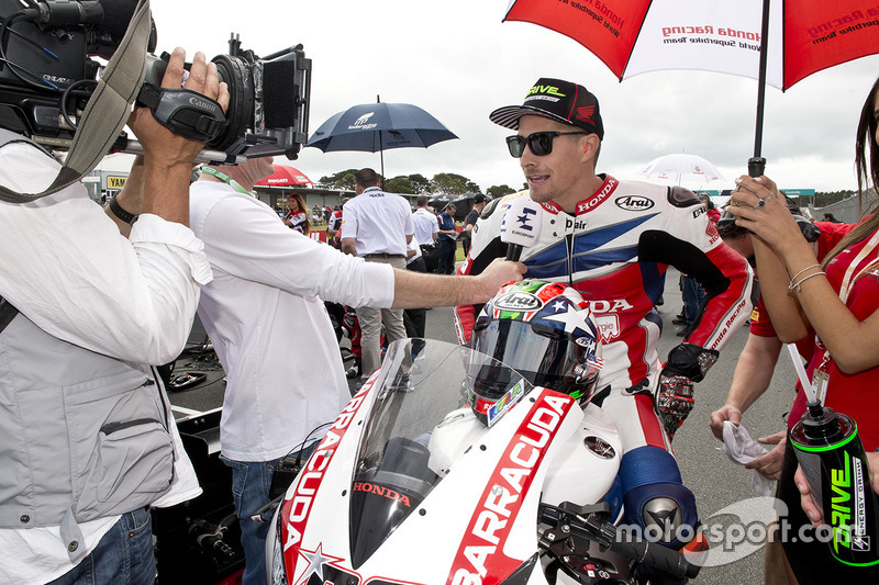 2016: Switch to World Superbikes with Honda