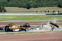 Artem Markelov crash