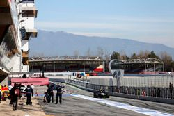Artem Markelov, RUSSIAN TIME, returns to the pit lane