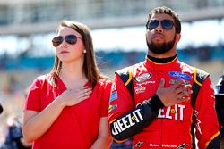 Darrell Wallace Jr. mit Freundin Shelby Willis