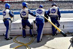 JTG Daugherty Racing pit crew
