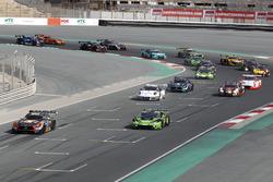 Arrancada #2 Black Falcon Mercedes AMG GT3: Khaled Al Qubaisi, Jeroen Bleekemolen, Patrick Assenheim