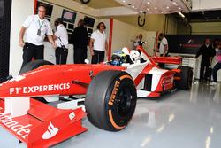 Zsolt Baumgartner, F1 Experiences 2-Seater driver and Adam Cooper, Journalist F1 Experiences 2-Seater passenger