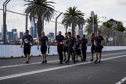 Romain Grosjean, Haas F1 Team Haas lors de la reconnaissance de la piste