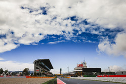 Clouds over the circuit on the main straight