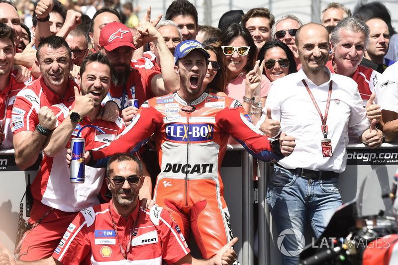 Andrea Dovizioso et le Ducati Team