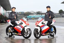 SRS-Motoスカラシップを獲得した國井勇輝(左)と中島元気(右)