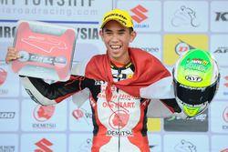 Podium: Gerry Salim juara Race 2 AP250