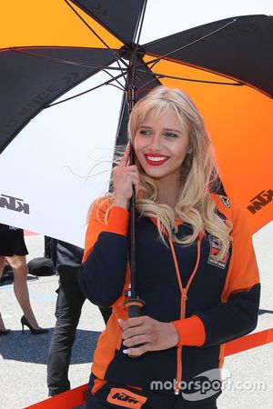 Lovery grid girl