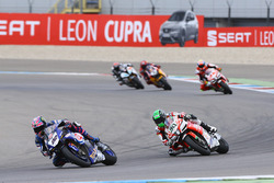 Alex Lowes, Pata Yamaha, Eugene Laverty, Milwaukee Aprilia World Superbike Team