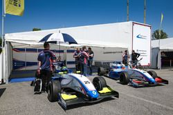 Пресли Мартоно, Mark Burdett Motorsport и Юлия Панкевич, Mark Burdett Motorsport