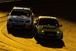 Chaz Mostert, Rod Nash Racing Ford, Craig Lowndes, Triple Eight Race Engineering Holden