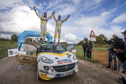 Chris Ingram, Ross Whittock, Opel Adam R2